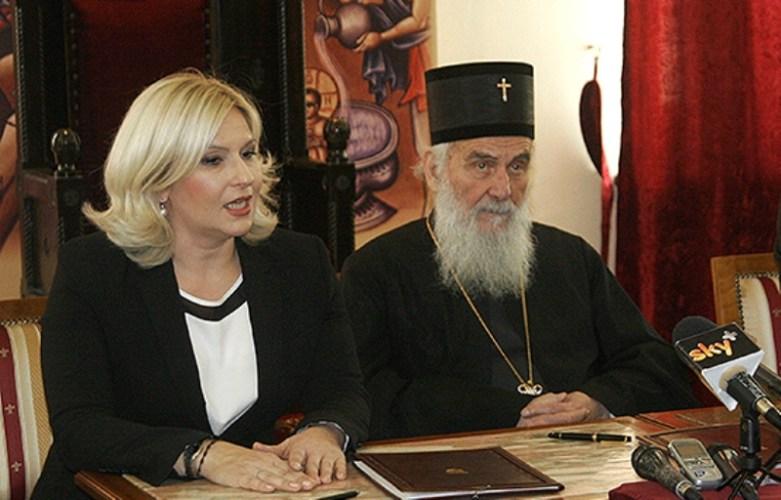 Остоја Симетић: Откуд патријарху право да прича о материци