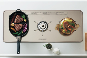 ラクシーナのコンロは料理しやすい様に設計!「ワイドコンロ」