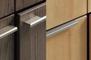 6種類から選べる「リシェルPLAT」の扉素材はシンプルな大人スタイル