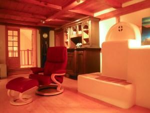 Ofen und Sessel