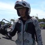 ドローンにバイクを自動追尾させて走る:HS100G