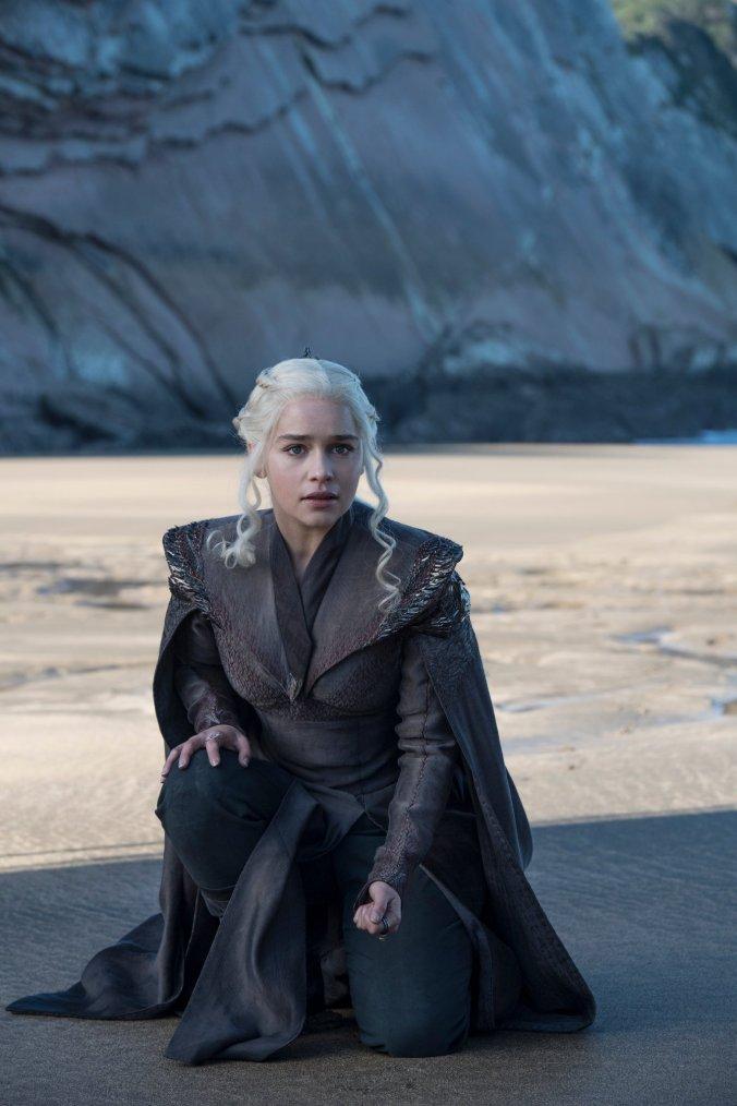 Emilia Clarke como Daenerys Targaryen en la séptima temporada de Juego de Tronos