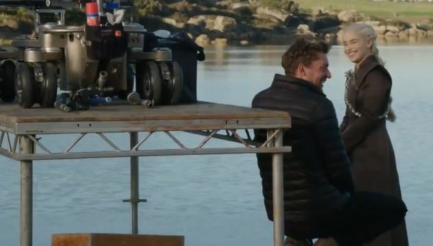 Emilia Clarke como Daenerys Targaryen rodando la séptima temporada de Juego de Tronos