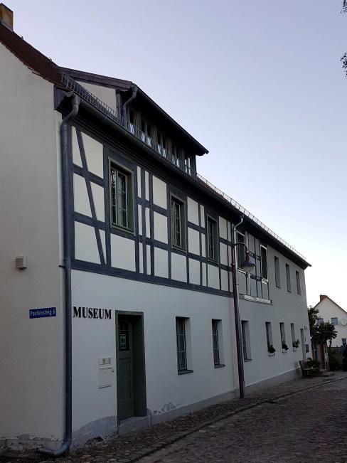 Zwiedzanie okolic Frankfurtu nad Odrą - muzeum w Lebus