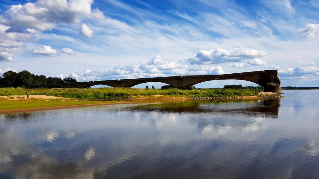 Szlak rowerowy wzdłuż rzeki Odry - most w Kłopocie