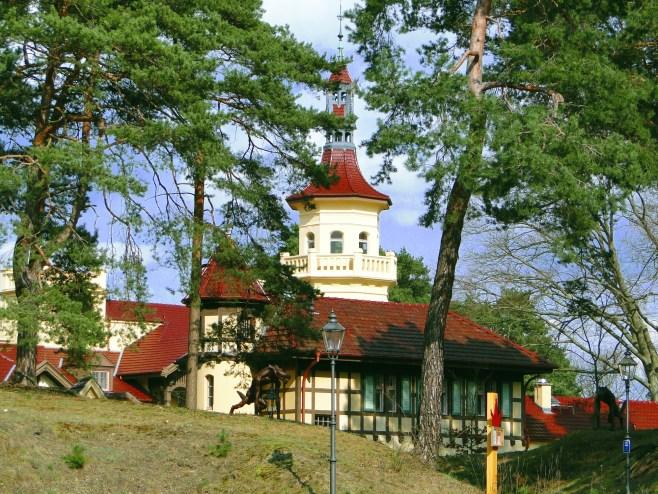 Okolice - zamek myśliwski Hubertushöhe