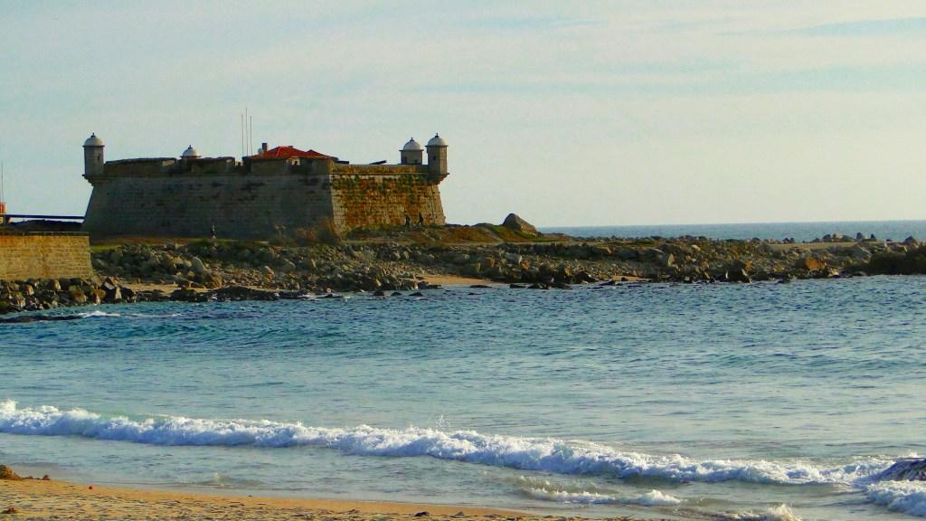 Plaże w okolicach Porto - Castelo do Queijo