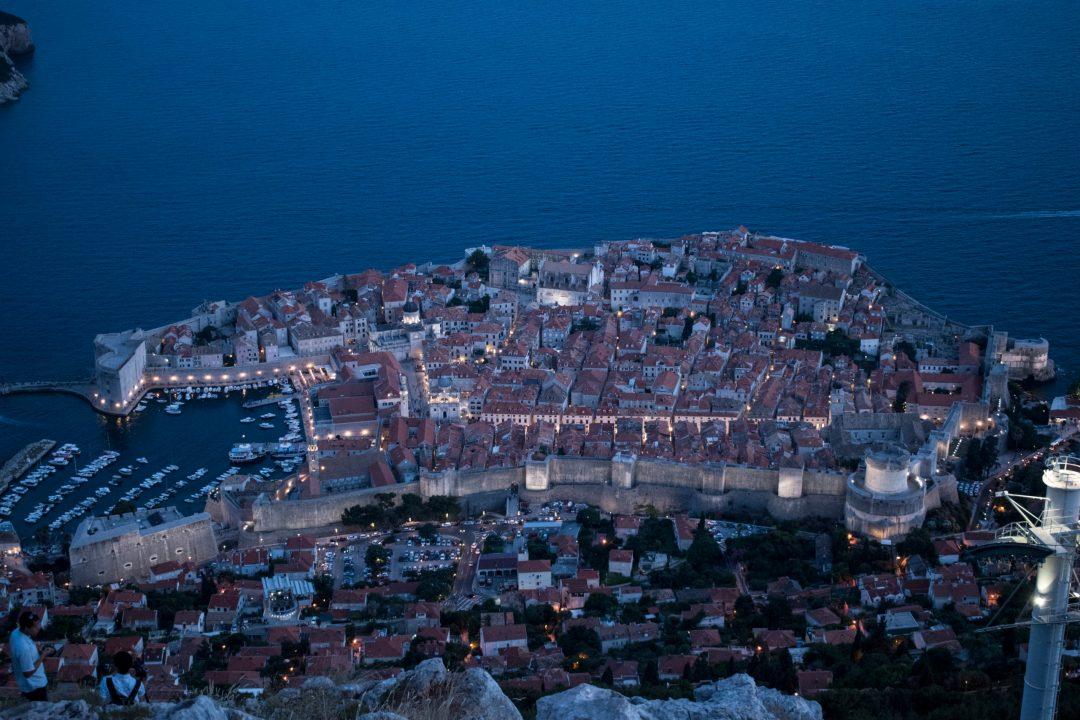 Croatie, voyages, ville, soir, mer, vue mer, côte croate
