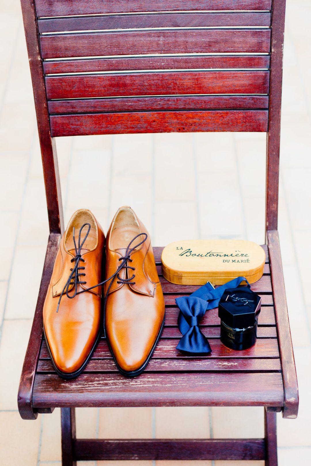 accessoires pour homme, chaussures mariés, noeud papillon, parfum