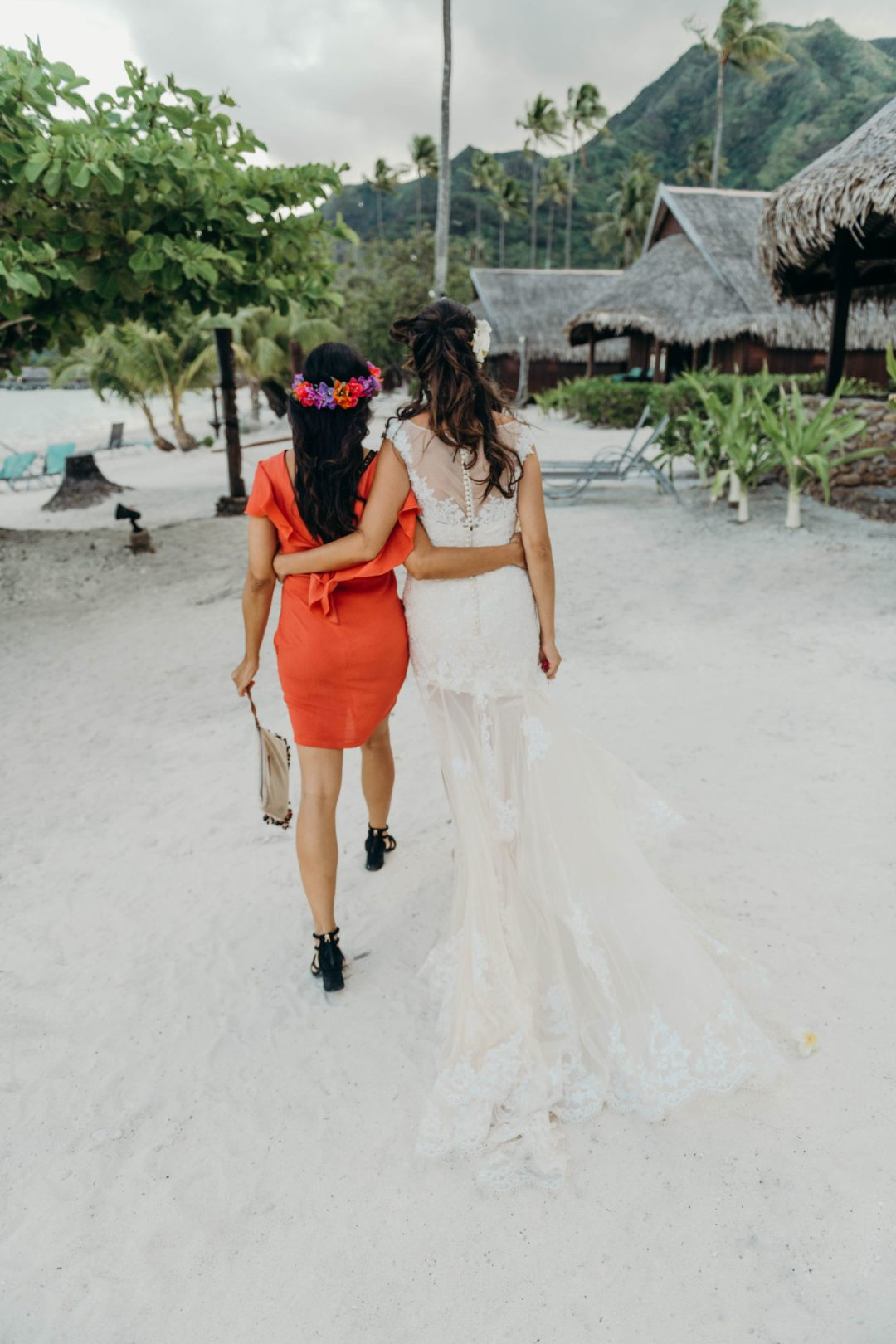 témoin mariage, mariée, robe de mariée, mariée plage