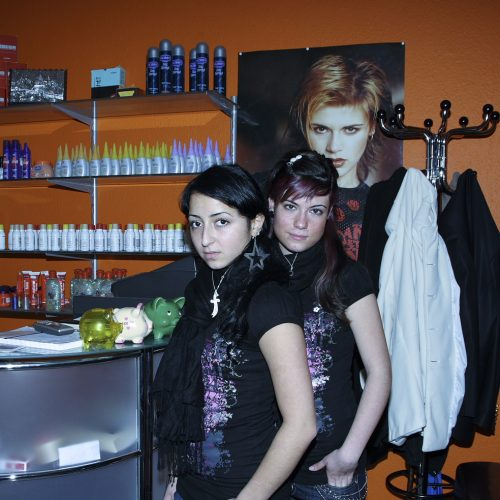 Lehrlinge im Friseursalon