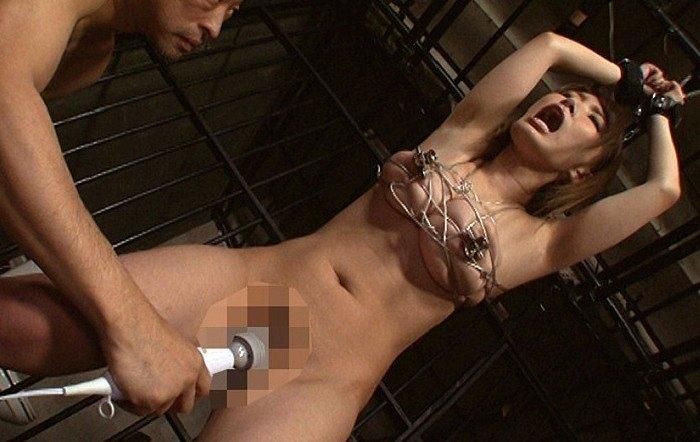 ギリギリ喰い込む針金乳縛り!巨乳緊縛美女を凌辱するには針金を使った乳嬲りがおすすめ