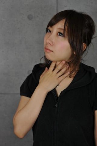 pm2.5喉が痛い女子