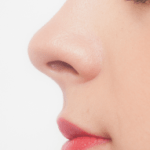 鼻の角栓をオロナインパックで取る方法!黒ずみも!?動画で解決!?