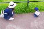 赤ちゃんが立っちして歩くのはいつ!?ファーストシューズの選び方!