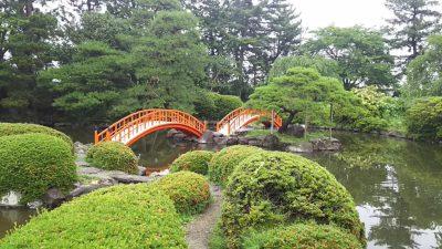 山神社日本庭園