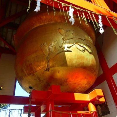 箱崎八幡神社 日本一大きな鈴