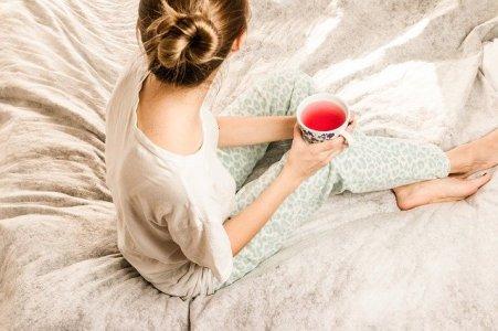 morning-girl-2715280_640