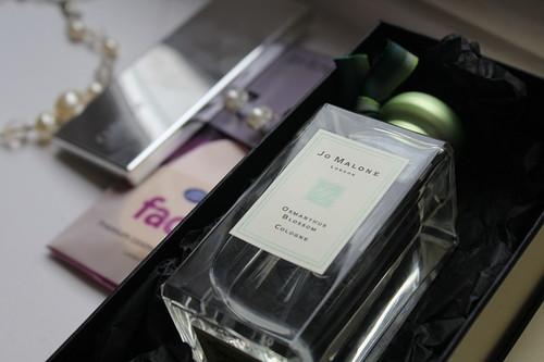 レディース香水人気ランキング