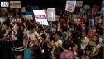 【超激熱!】7月16日国会前戦争法案反対デモ:悪天候でも凄い人!BBC・香港メディアが取材に!