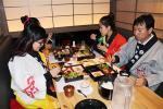 【日本人お断り】爆買い観光客狙いで外国人専門店が急増!居酒屋・百貨店ラウンジ・カプセルホテル