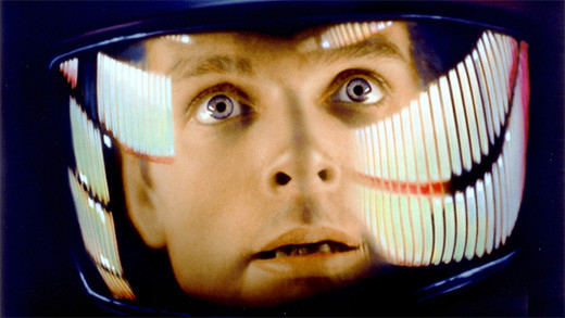 2001-odisea-espacial-escena-dave-bowman-casco-espacial