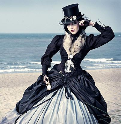 steampunk-cosplay-mujer-playa