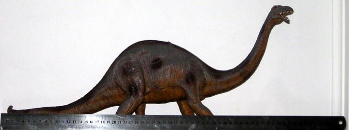 brontosaurio-juguete-regla-60-cms