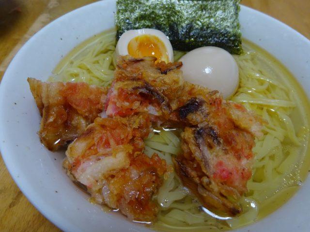 「本生」タンメンしお味(シマダヤ)は「きたほなみ」を使用した平打ち麺にチキンとポークのコクがあるスープがセット
