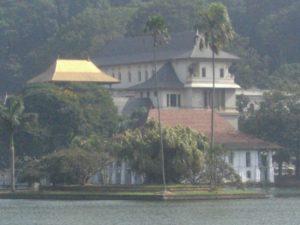 聖地キャンディ(スリランカ)