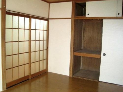 YOSHIKIアパート内部