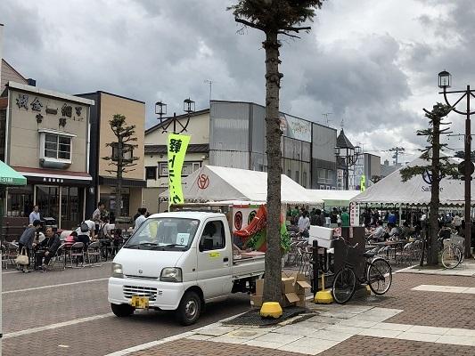岩内町の軽トラック市に行ったあとに「鈴や」でスイーツを食べました(^^)