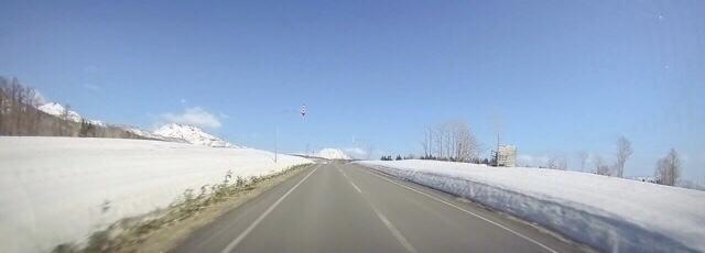 ニセコドライブ冬から春への景色と美術鑑賞を楽しんだ休日