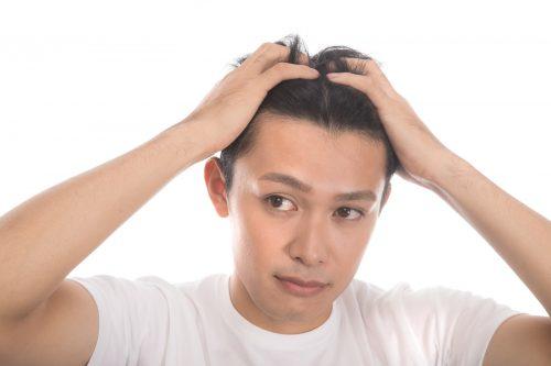 10代で薄毛になる驚愕の原因と具体的な対策方法まとめ