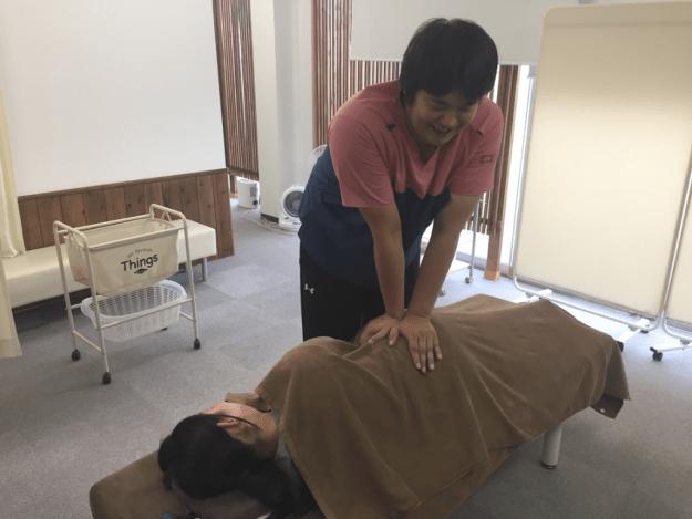 松山市の骨盤矯正あさひ整体院の骨盤矯正の施術方法