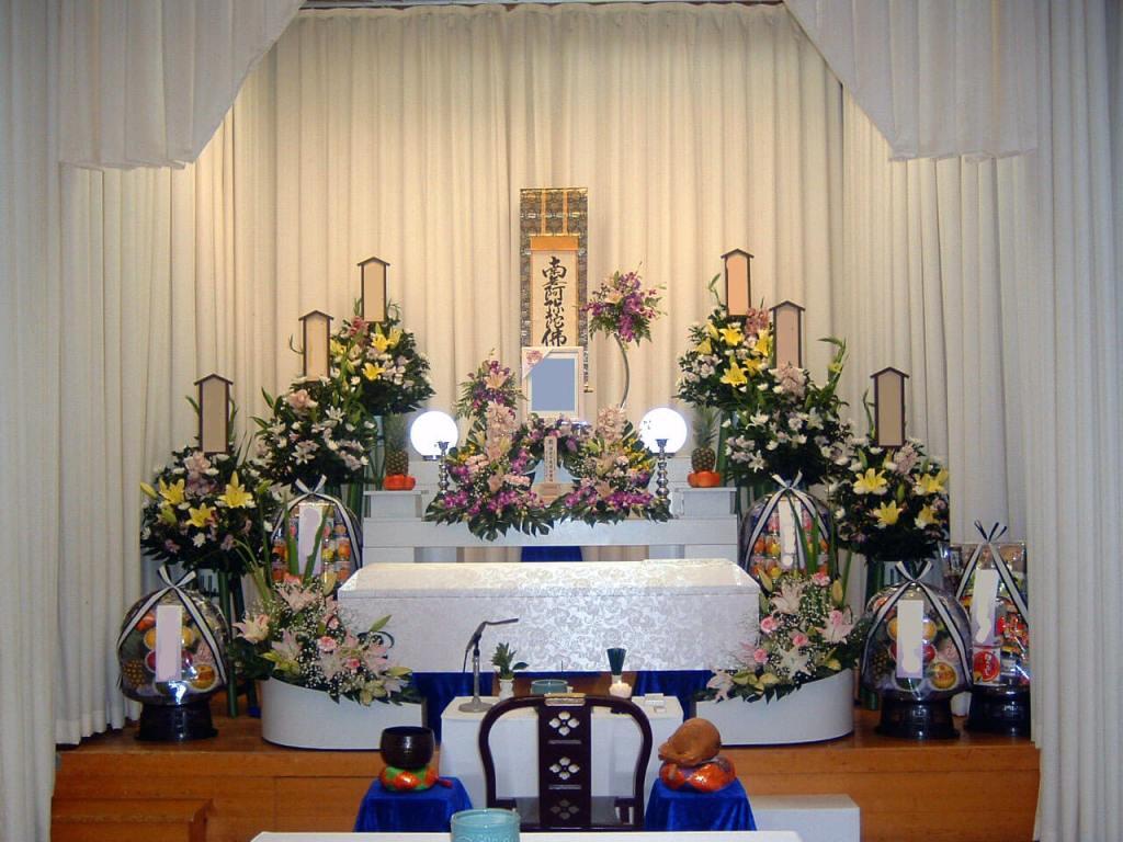 堺市立斎場 祭壇例2