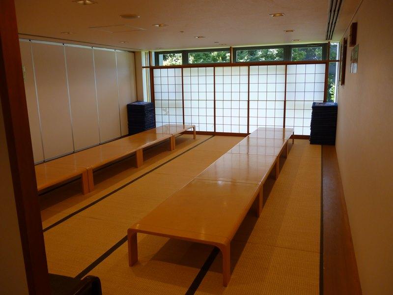 堺市立斎場 食事部屋