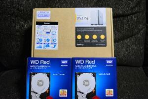 DS215JとウェスタンデジタルのRED