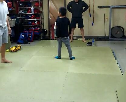 12月12日「長男」と「格闘技ジムユーファイルキャンプ」へ