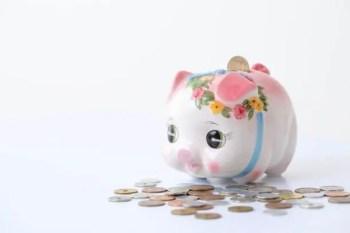 小銭と貯金箱