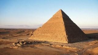 La pyramide de commandement