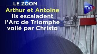 Arthur et Antoine : Ils escaladent l'Arc de Triomphe voilé par Christo – Le Zoom – TVL