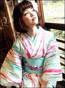 荒関克子_150705_浴衣のコーディネートにかごバックが素敵!【画像01】