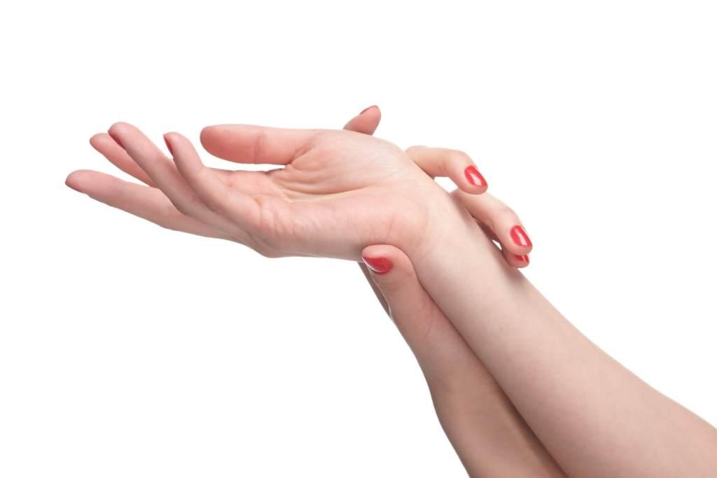 手汗,足汗,脇汗,汗っかき,対策,原因,対処法
