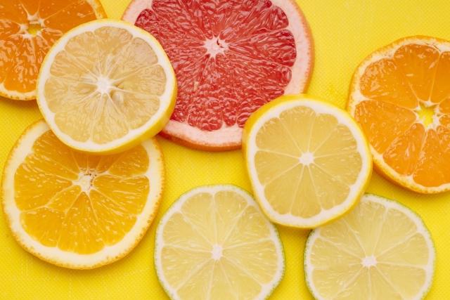 ボタニカルホワイトで利用されるオレンジ