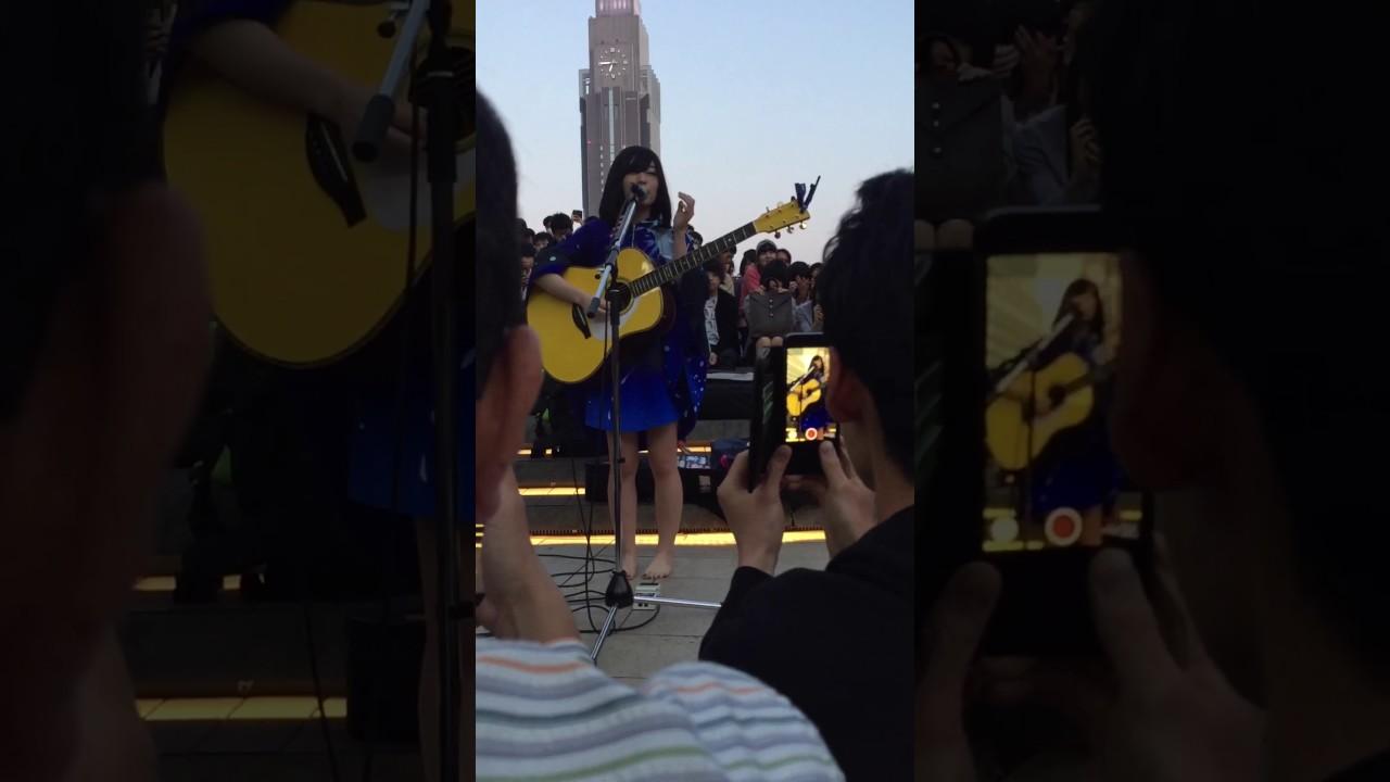 2017 酸欠少女 さユり 新宿路上ライブ @新宿駅 Suicaのペンギン広場