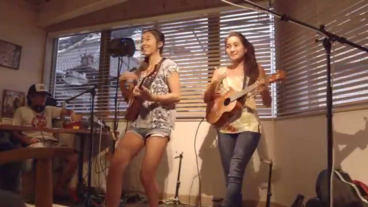 Honoka & Azita ウクレレライブ @Maui Mikes