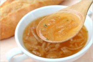 飴色玉ねぎのオニオンスープ