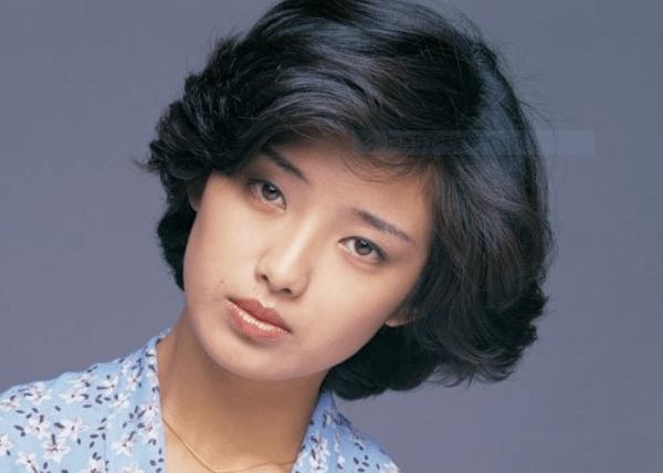 【芸能】三浦百恵さん、40年ぶり自著出版 健康と美への意識高め中