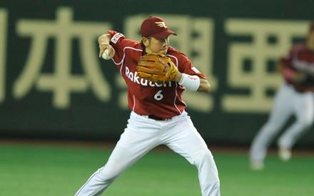 【楽天】藤田一也が守備も打者も絶好調!?横浜を出た選手は活躍をしている事実